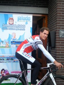 Paul de Rooij in front of the Jaludo office in Rijssen
